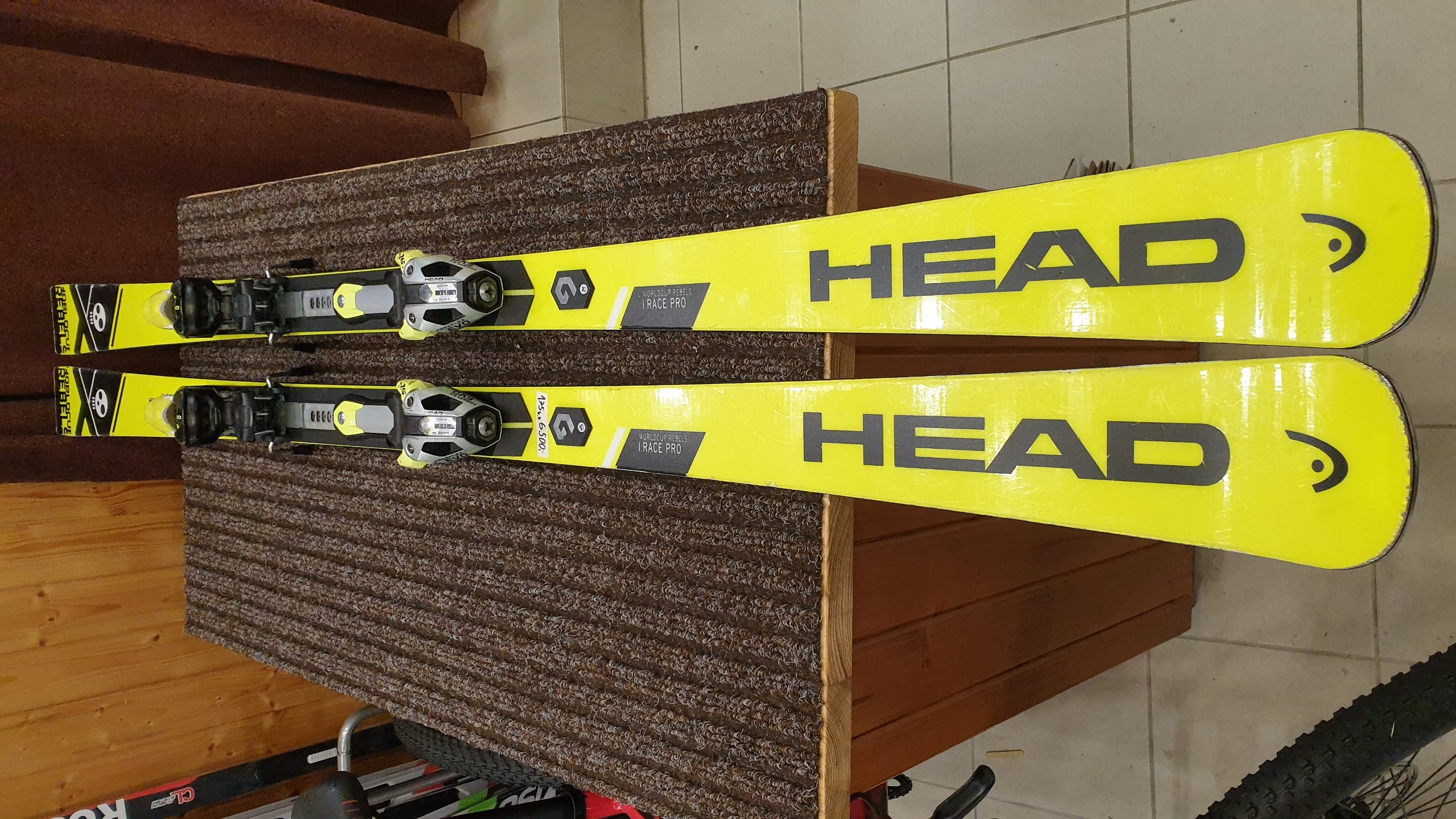 Head WC Rebels i.Race Pro + FF Evo 16 - 18/19 175cm